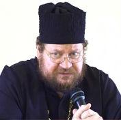 Священник Олег Стеняев отвечает радиослушателям