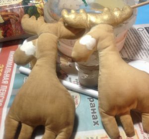 olen 10 300x279 - Мастер-класс по изготовлению рождественского оленя от мастерской «Grapedolls and decor»