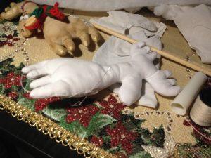 olen 8.1 300x225 - Мастер-класс по изготовлению рождественского оленя от мастерской «Grapedolls and decor»