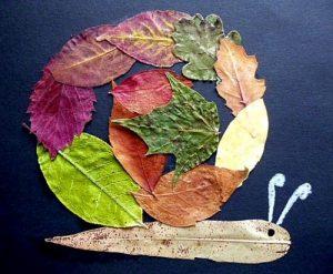 wsGkcuxCe Q 300x247 - Осенние поделки: аппликации из осенних листьев. Коллаж из осенних листьев