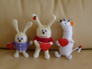 22e0b2690b69364aec593faf3b053923 300x225 - Делаем игрушки своими руками для грудничков