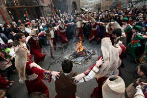 24906684061 d6c56f077d b 1 300x200 - Народные традиции: Армения