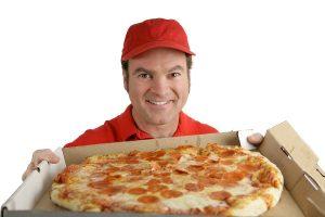 bigstock Delicious Pizza For You 1121615 600x400 300x200 - Обязанности по дому: надо ли из дочери растить хозяюшку