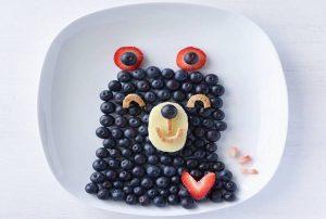 """12654619 991393990918047 3735936568005361334 n 300x202 - """"Вкусные картины"""" из овощей и фруктов: съедобно, полезно и увлекательно!"""