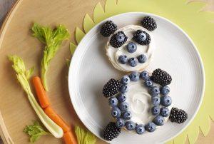 """12687878 991394057584707 7237705796654308032 n 300x202 - """"Вкусные картины"""" из овощей и фруктов: съедобно, полезно и увлекательно!"""