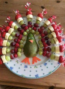 """3d37c432dad89f4961f867262a1e5704 220x300 - """"Вкусные картины"""" из овощей и фруктов: съедобно, полезно и увлекательно!"""