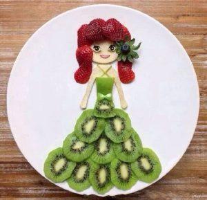 """51f2e52f1c52bcc7f47314280cc7b9fb 300x289 - """"Вкусные картины"""" из овощей и фруктов: съедобно, полезно и увлекательно!"""