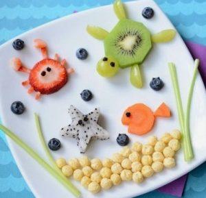 """morskie zhivotye 300x289 - """"Вкусные картины"""" из овощей и фруктов: съедобно, полезно и увлекательно!"""