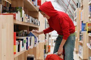 shoplifting 2 300x200 - Детское воровство