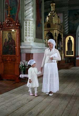 Можно ли беременным ходить в церковь?