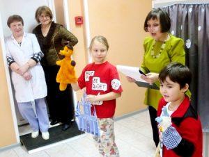 IMG 6875 300x226 - Ребенок грустит в больнице. Как победить больничный синдром?