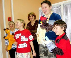 IMG 6897 300x247 - Ребенок грустит в больнице. Как победить больничный синдром?