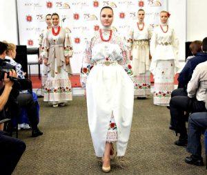 moda4 300x253 - Мода по-православному: стиль женщины в храме