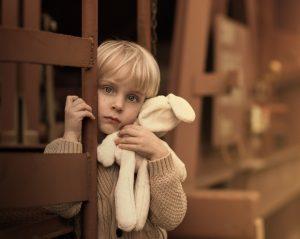 look.com .ua 263196 300x239 - «Бархатный Зайчик», или когда игрушки оживают»