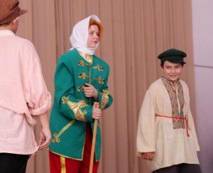 IMG 0022 - Воспитание школьным театром: детям важно показывать разные стороны жизни
