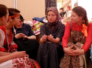 Za kulisami - Воспитание школьным театром: детям важно показывать разные стороны жизни