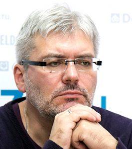 vodolazkin diplom - Писатель Евгений Водолазкин: «В книгах бытие более осмысленное»