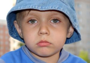 193208209 300x210 - Стояние в углу: полезно ли такое наказание для ребенка?
