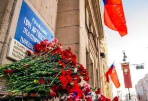 2cb792fde3dd - Следы блокады на Невском проспекте:детям о войне–через топонимы