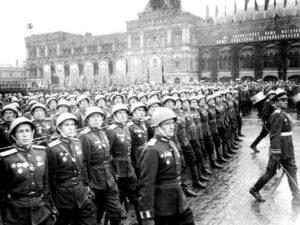 scale 1200 - Судьбы и стихи юных поэтов, не вернувшихся с войны: «Я не хотел участвовать в параде»