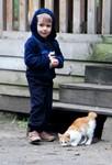 Ребёнок жестоко обращается с домашними животными. Что делать?