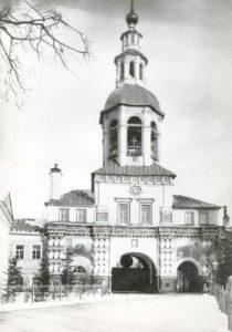 Надвратный храм прп. Симеона Столпника Данилова монастыря. 1900-е гг.