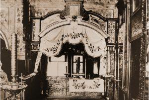 Рака с мощами св. блгв. кн. Даниила в левом приделе храма Свв. отцов семи Вселенских Соборов.