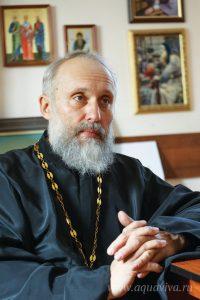 Настоятель храма иконы Божией Матери «Неопалимая Купина» иерей Георгий Сычёв