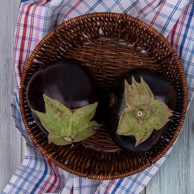 Монастырская кухня: тёплый салат из баклажан, постные корзиночки (видео)