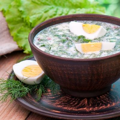 Холодный суп из лебеды и щавеля