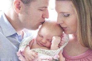 newborn lifestyle photographer surrey family photography baby photos lifestyle baby photos vancouver portrait photography - Семейный кризис после рождения малыша