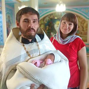 Муж обязан организовать духовную жизньсемьи
