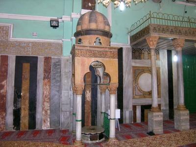 Baldahin nad grobnicei Adama - Хеврон – путешествие под прицелом, или Тайна пещеры, где погребены Адам и Ева