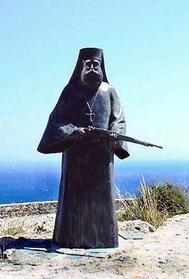 Памятник греческим священникам и монахам, с оружием в руках защищавшим остров Крит от немецко-фашистского десанта