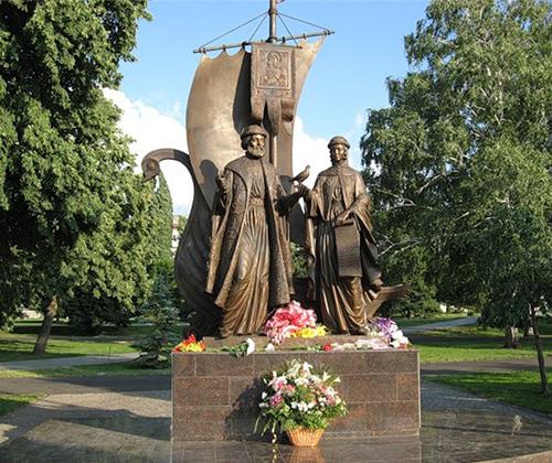 Памятник Св. Петру и Февронии, г. Екатеринбург